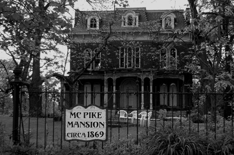 Mc_pike_mansion_002